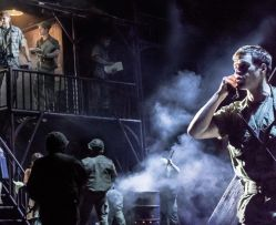 MISS SAIGON Szenenfoto UK 007 © Photo Johan Persson